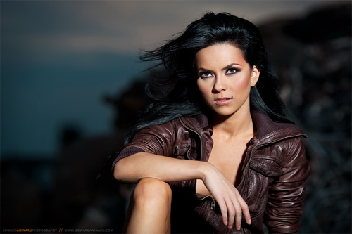 See Inna's Amazing Performance at the Viva Comet Awards 2011